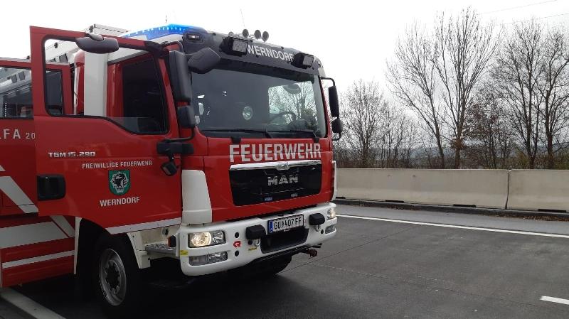 B08 - Fahrzeugbrand